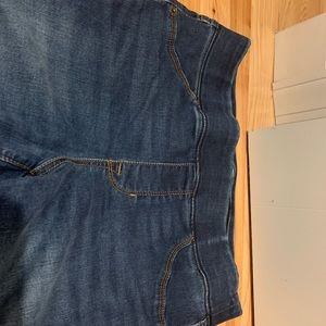 American Eagle Outfitters Jeans - Worn once Old Navy Rockstar Leggings